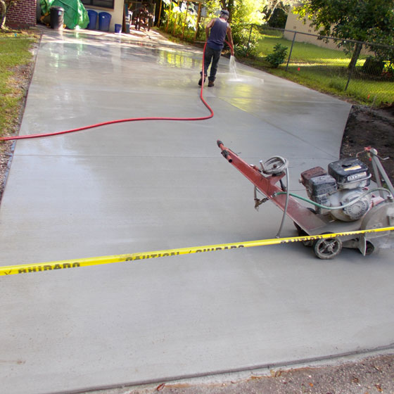 how much does it cost to replace a concrete driveway
